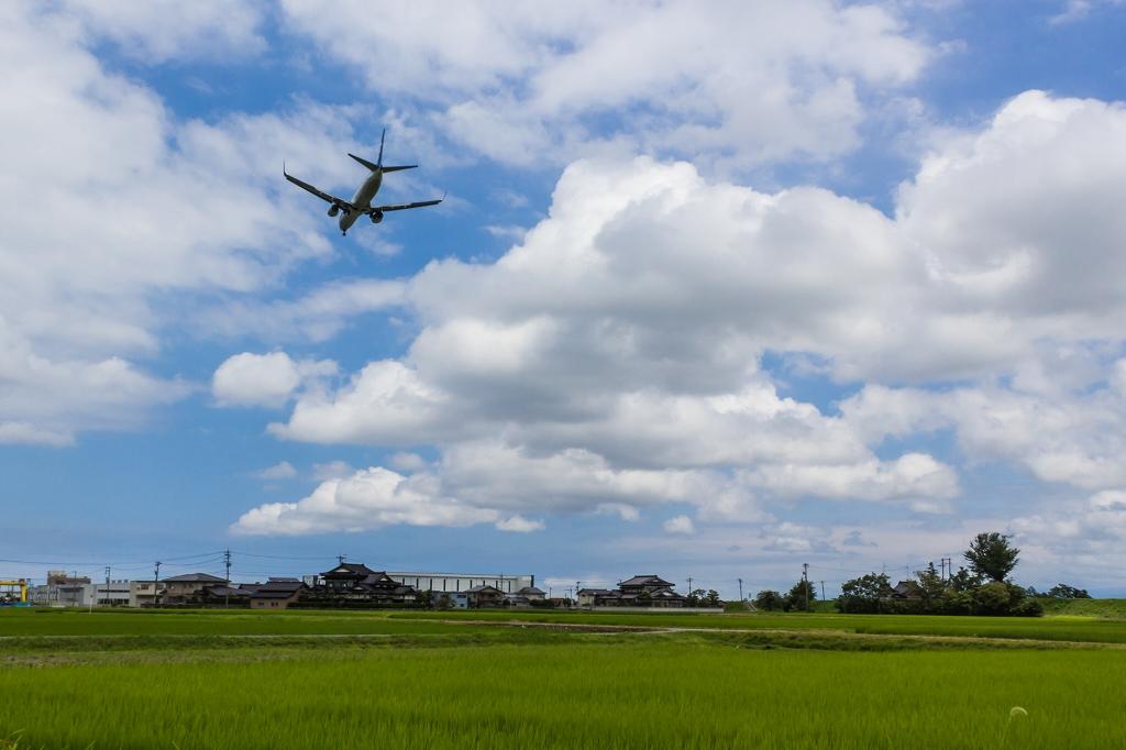 富山空港_H27_7_18