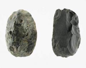 32 局部磨製石器