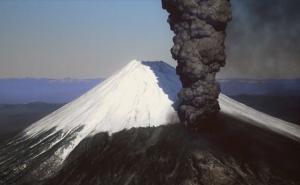 32 延暦噴火