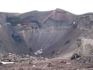 15 富士山火口