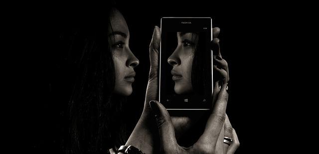 smartphone-1618909_640.jpg