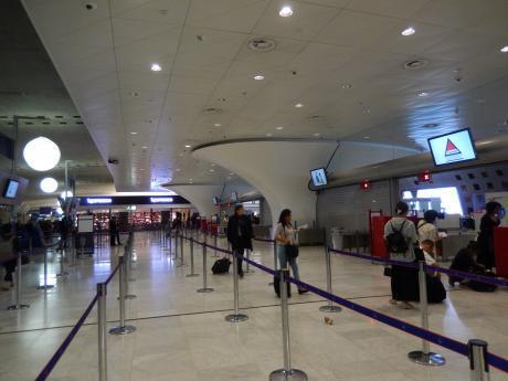 バルセロナ2017.9シャルルドゴール空港