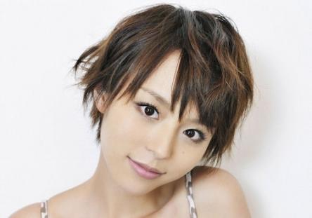 【悲報】女優(声優)の平野綾さん、追突事故を起こしてしまう
