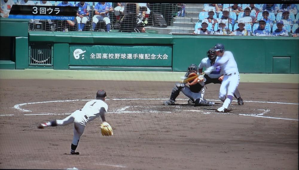 0N8A4030.JPG三回吉田投手中越2点本塁打