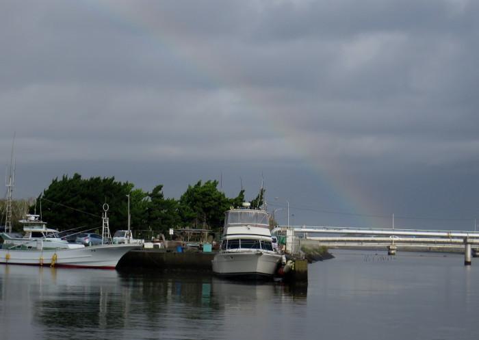 IMG_3295.JPG雨のち虹の片貝漁港