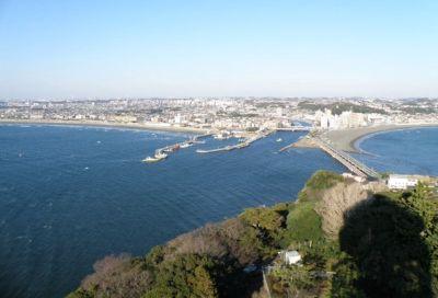 江の島にかかる橋