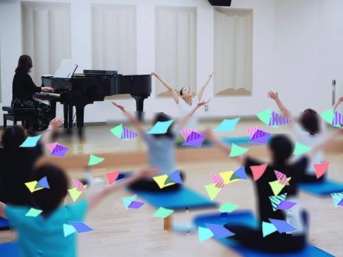 くまぴあで佐代子さんとのピアノヨガ4