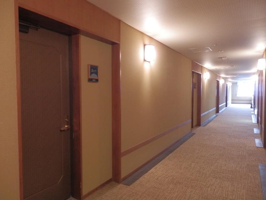 部屋 ドア