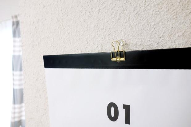 キャンドゥ・A3壁掛けカレンダー シンプル・ダイソー・リーンクリップ①