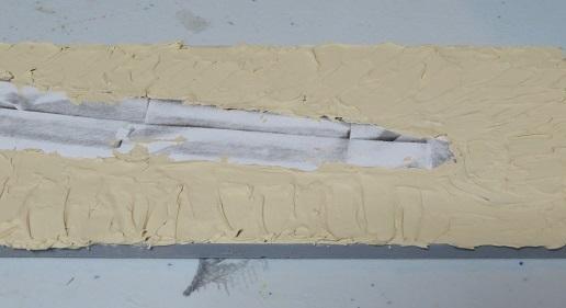 木工パテ塗り