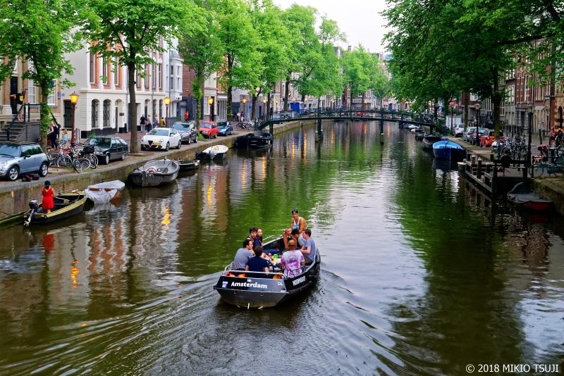 絶景探しの旅 - 0657 夕刻の運河を行く (オランダ アムステルダム)
