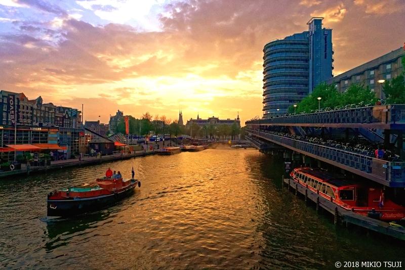絶景探しの旅 - 0658 夕日輝く運河都市 (オランダ アムステルダム)