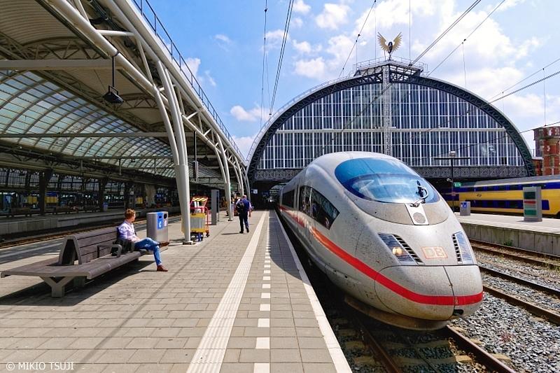 絶景探しの旅 - 0676 アムステルダム発 フランクフルト行 ICE (アムステルダム中央駅/オランダ)