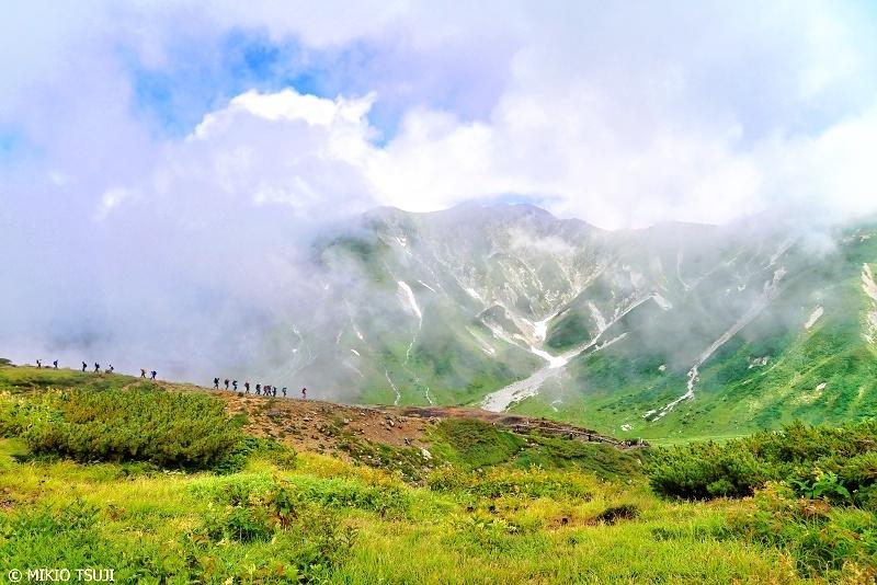 絶景探しの旅 - 0685 夏山に誘われて (立山室堂/富山県 立山町)