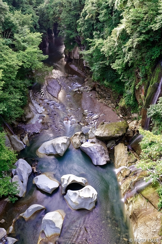 絶景探しの旅 - 0687 不老橋からの手取渓谷の眺め (石川県 白山市)
