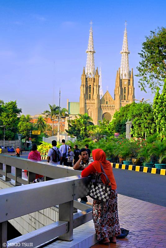 絶景探しの旅 - 0705 イスラムの国のカトリック教会 (ジャカルタ大聖堂/インドネシア ジャカルタ)